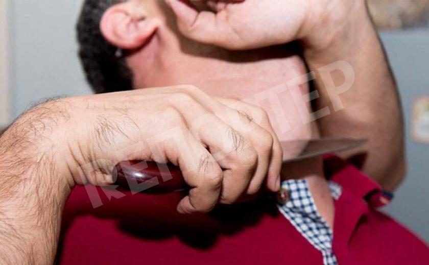 В Днепре зарезали мужчину на пороге его дома. Убийца скрылся