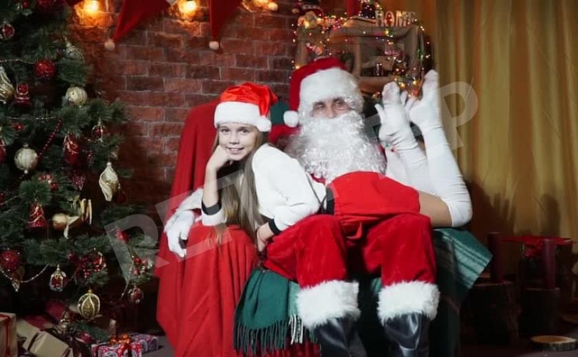 В Днепре зараженные рожают здоровых, а Санта-Клаусу запретили садить детей на колени СВОДКА COVID-19