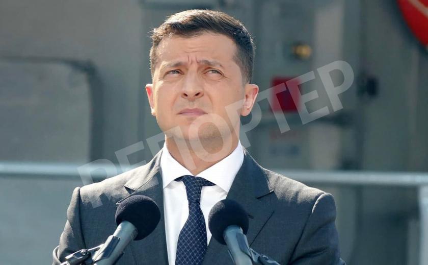 Годовщина трагедии. Президент напомнил о гибели 176 героев Украины