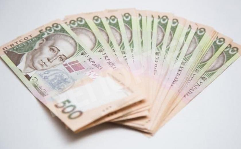 На Днепропетровщине переболевшим COVID-19 выплатят по 10 тыс. грн