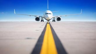 Глава облсовета просит отдать взлётку в аэропорту Днепра