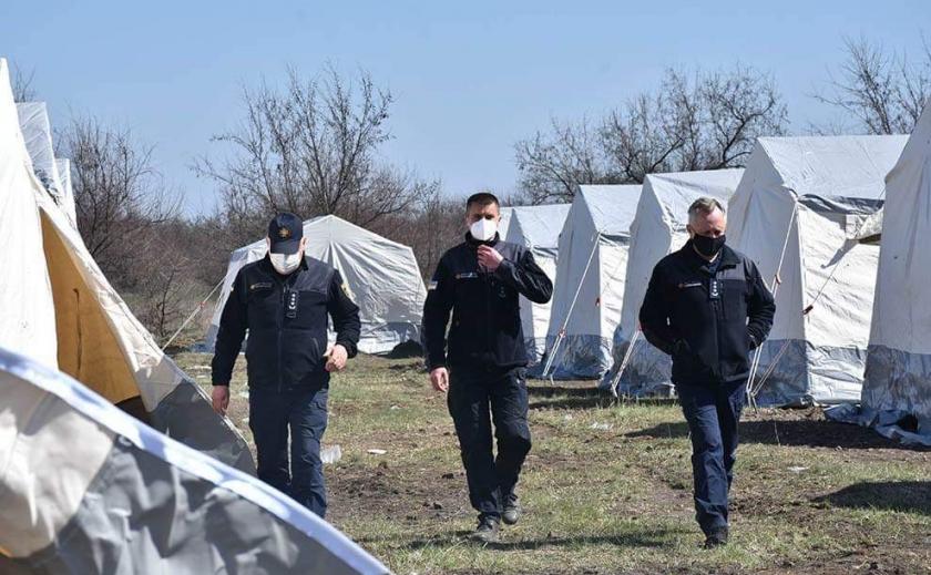 Антивирус. Ноу-хау: гостей Днепропетровской области на трассе ждет палаточная обсервация