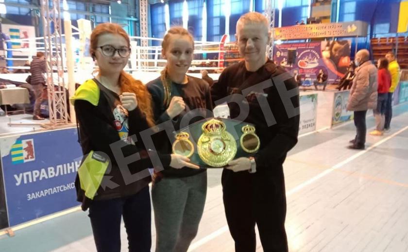 Девичья сборная Днепропетровщины по боксу стала «серебряной» на Чемпионате Украины