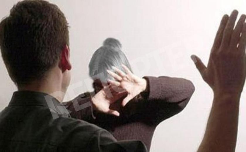 В Днепре неадекват зверски избил 77-летнюю мать 18+