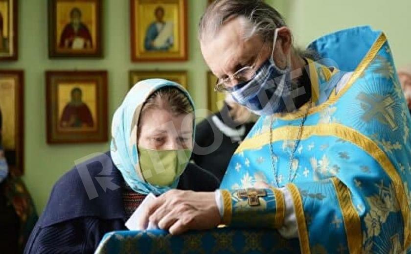 В УПЦ надеются, что на Пасху храмы откроют