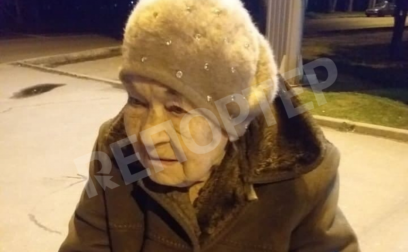 В Днепре волонтер и патрульные спасли 88-летнюю бабушку