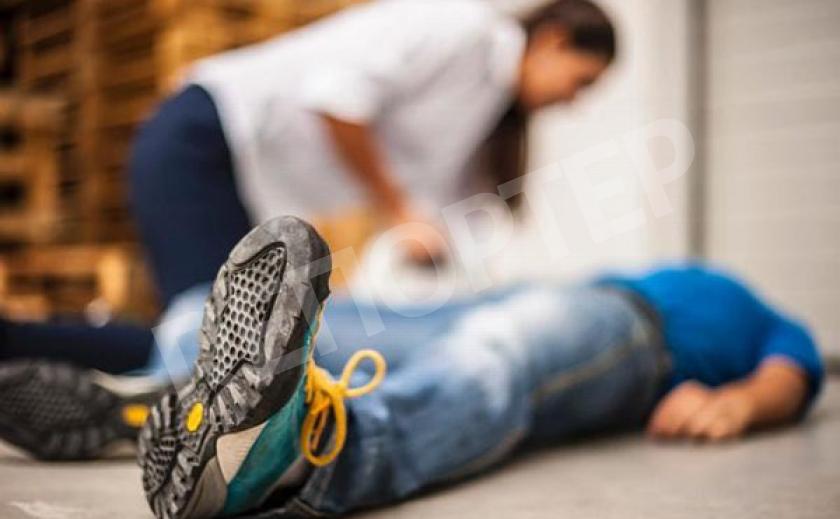 В Днепре у мужчины посреди улицы случился припадок