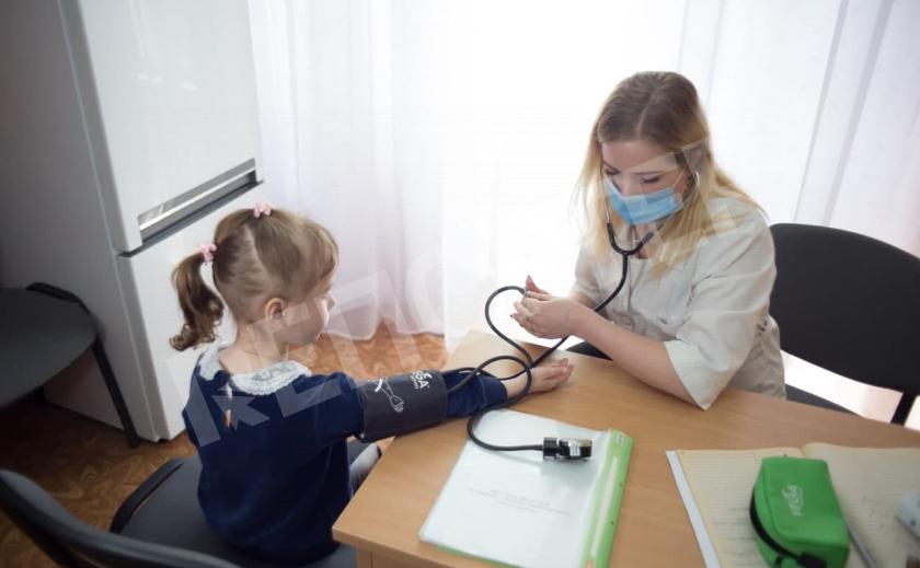 Школы Днепра получают лицензии для медиков за счет казны