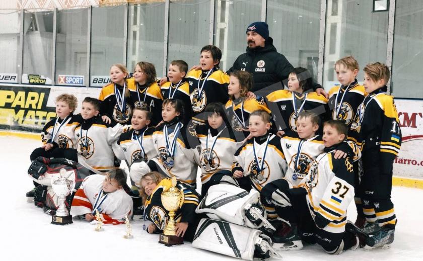 Юные хоккеисты Днепра выиграли турнир «KremenCup»