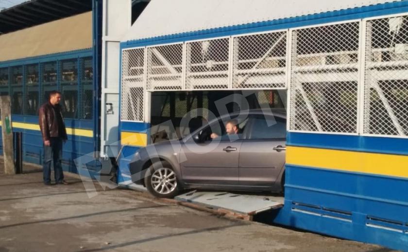 «Укрзализныця» запустила автомобилевоз Днепр – Одесса