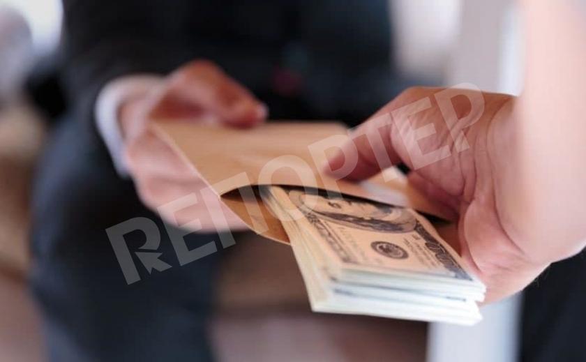 Сдай коррупционера – получи деньги! В Украине приняли новый Закон