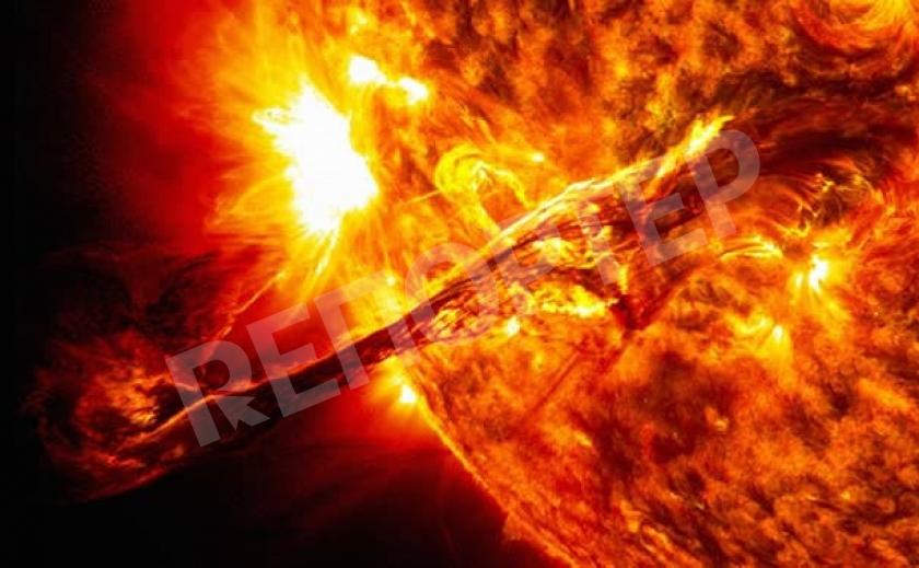 В сети появилось видео мощного выброса плазмы на Солнце