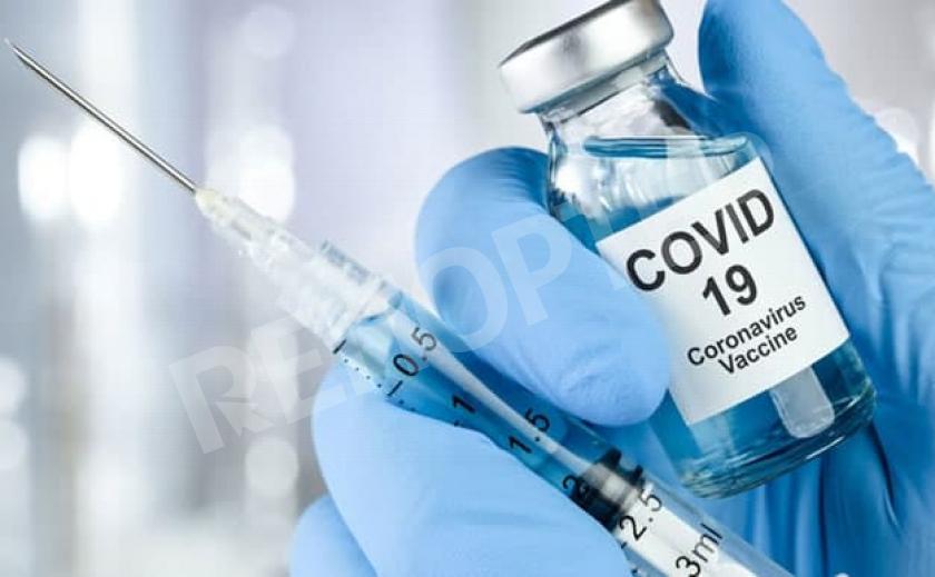 В Америке заявили об опасности вакцин против COVID-19