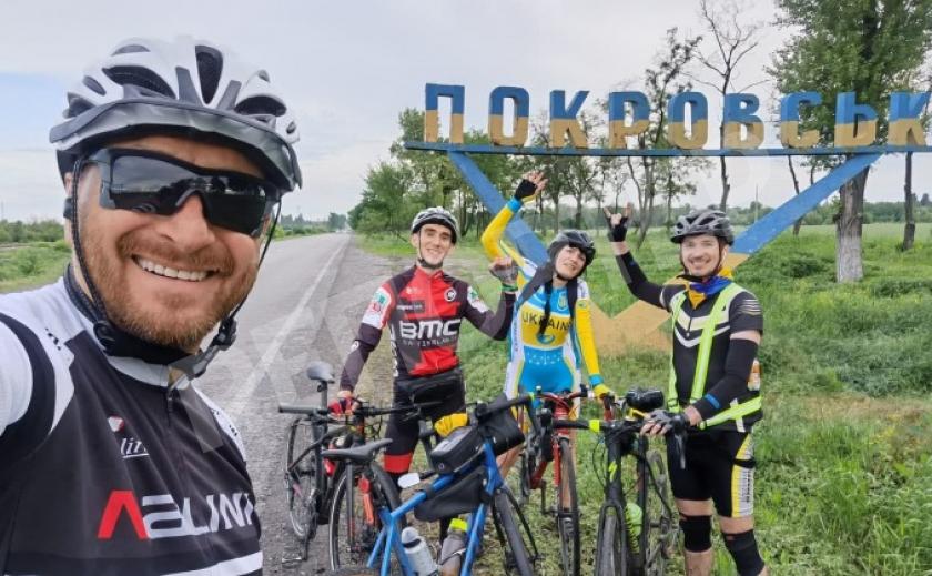 Фронтмен группы «Скай» приедет в Днепр и Кривой Рог на велосипеде и даст бесплатные концерты