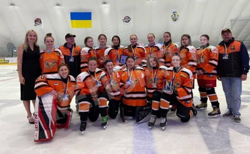 Хоккеистки «Днепровских Белок» завоевали «серебро» на турнире «Кубок Азовского моря»