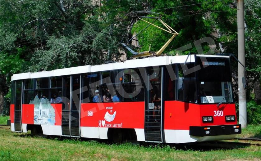 Кабмин дал Кривому Рогу и Днепру 1,2 млрд. грн. на закупку трамваев