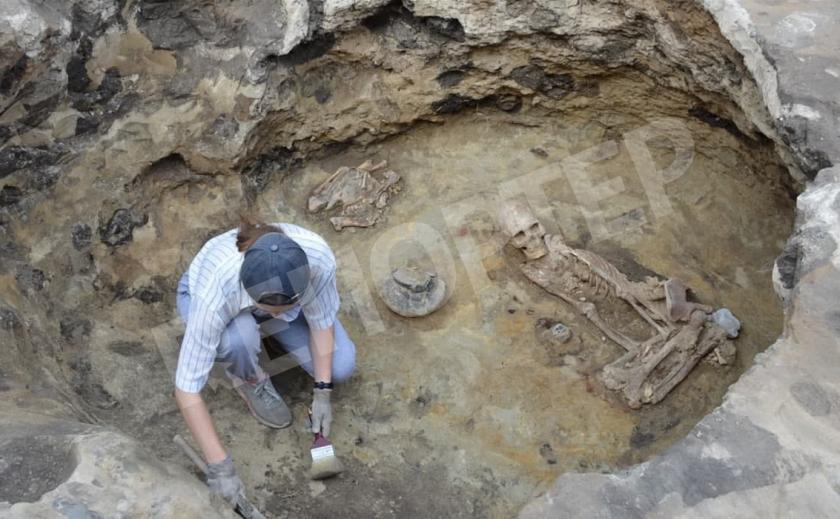 Украинские археологи обнаружили захоронения загадочного племени с нестандартными черепами