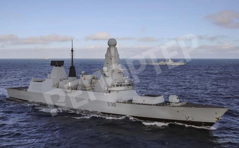 Российские военные открыли огонь по британскому эсминцу возле Крыма. Появилась аудиозапись переговоров