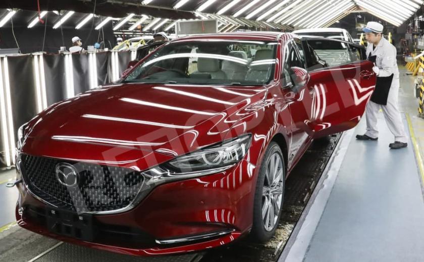 Япония хочет обязать производителей оснащать автомобили «черными ящиками»