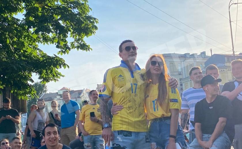 В Днепре организовали 2 фан-зоны для болельщиков сборной Украины