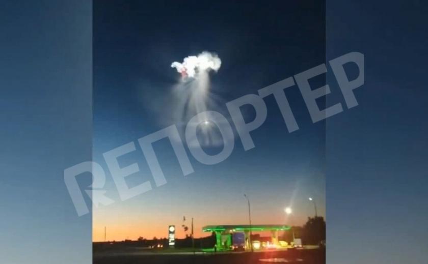 В Якутии засняли загадочное явление в вечернем небе