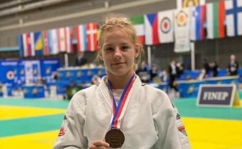 Юная дзюдоистка Алиса Виденееева из Днепра выиграла «бронзу» на кадетском ЧЕ
