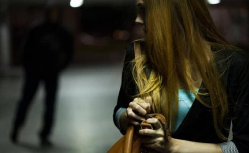 В Днепре маньяк продолжает нападать на женщин