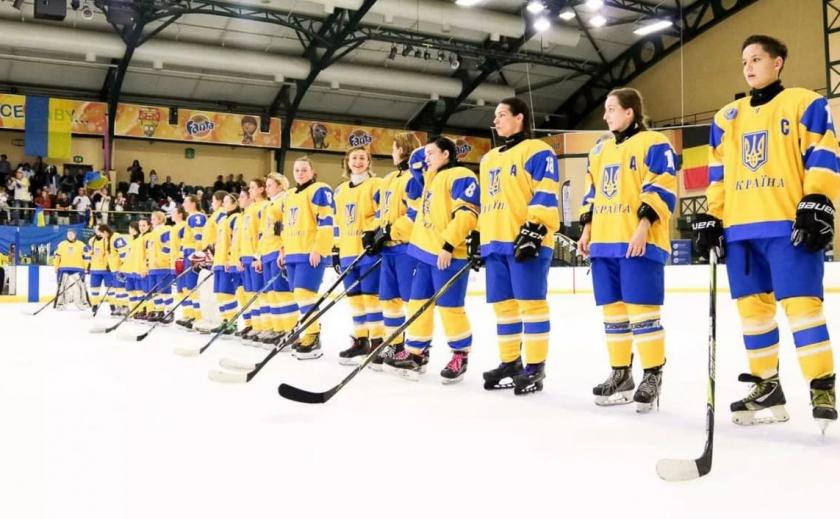 Хоккеистки Украины проведут сборы в Днепре