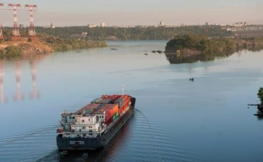 В Украине выросли показатели грузовых перевозок по Днепру