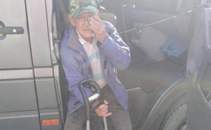 В Запорожье расторгли договор с перевозчиком, водитель которого избил пенсионера