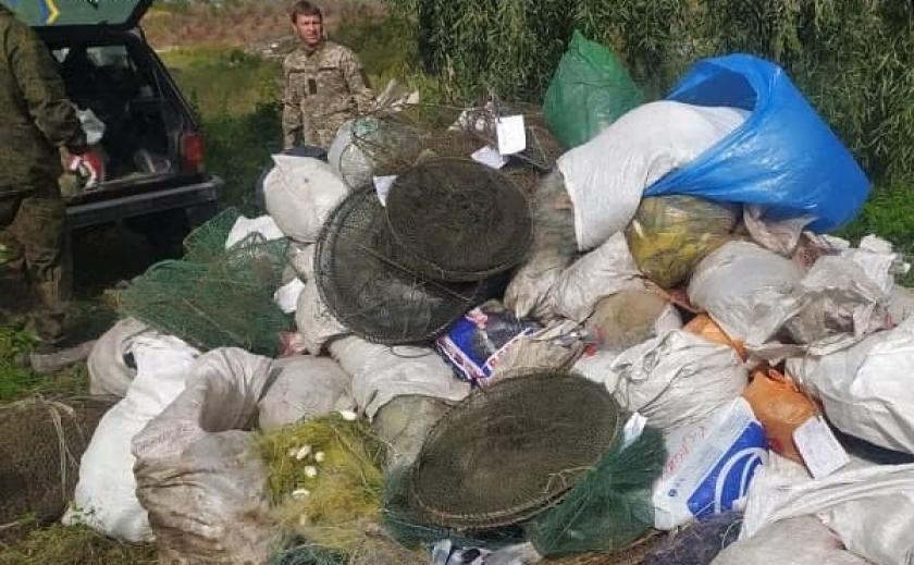 На Днепропетровщине рыбпатруль уничтожил 45 км браконьерских сетей