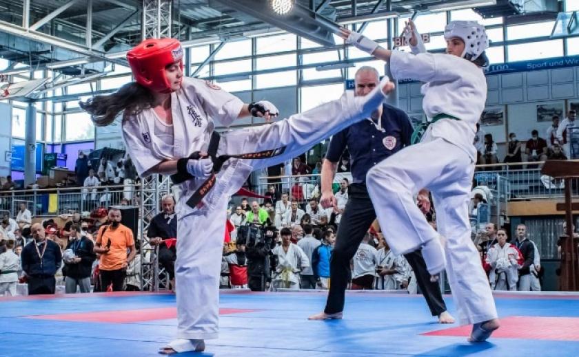 Спортсмены из Днепра взяли 6 медалей на чемпионате Европы по киокушин каратэ