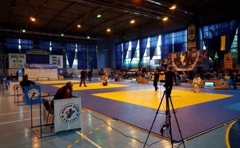 Дзюдоисты из Днепра взяли 5 медалей на чемпионате Украины U17