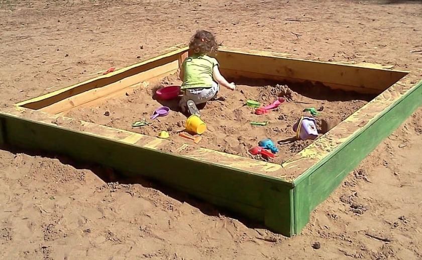 В Днепре городские власти хотят закупить детские песочницы по 25 тыс. грн за каждую