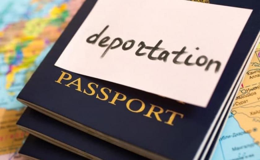 Ни свой, ни чужой: на Днепропетровщине задержали мужчину без гражданства