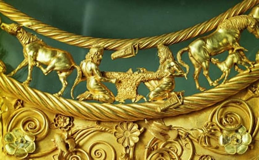 Суд принял решение: Скифское золото возвращается в Украину