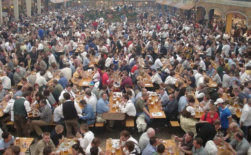 Антивирус. Пивной фестиваль в Германии отменили из-за пандемии