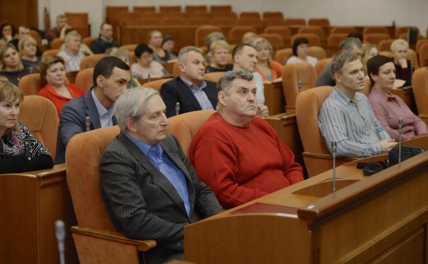 В Днепре управляющие ОСМД и ЖСК будут сдавать экзамены ФОТО