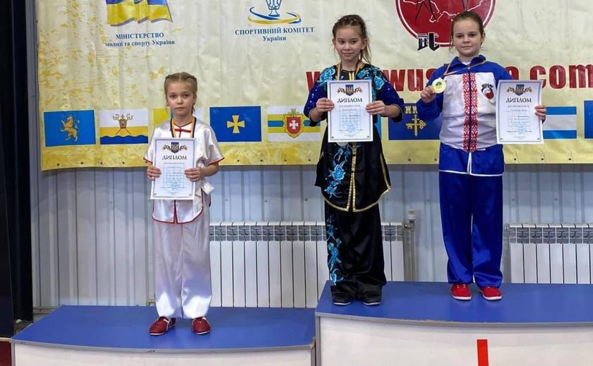 Юные днепропетровчане привезли 20 медалей с чемпионата Украины ФОТО