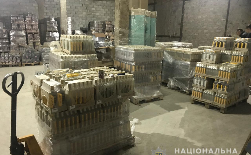 В Днепре накрыли склад с паленой водкой ФОТО