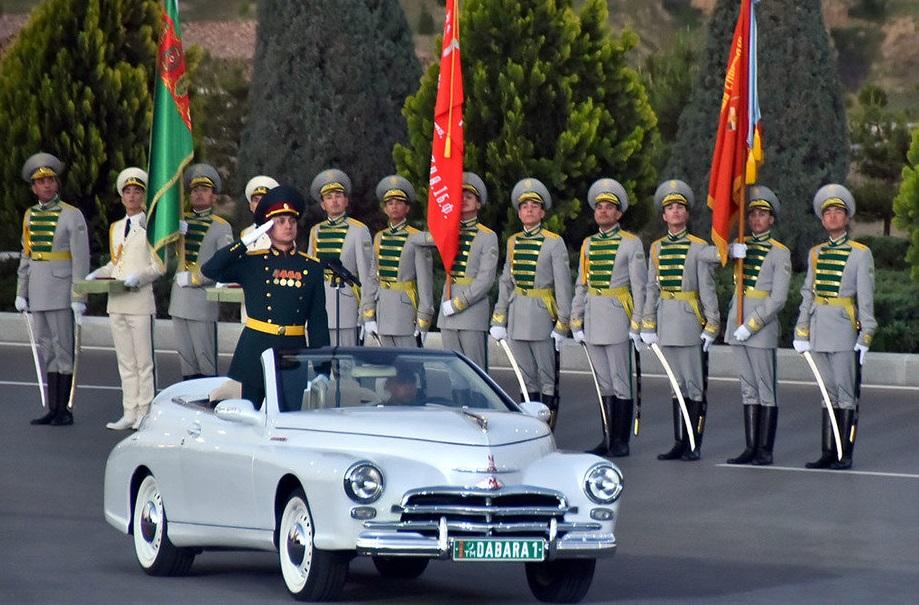 Впервые в истории военный парад в честь Дня Победы прошел в Туркменистане