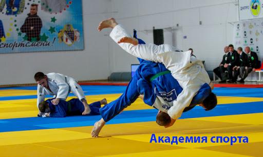 Академия спорта. Заслуженный тренер Украины рассказал о своих лучших подопечных