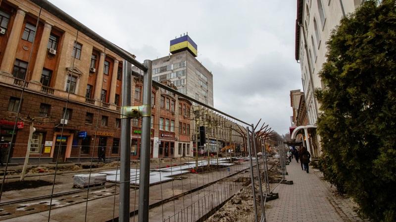 В Днепре пешеходная зона ул. Короленко обошлась в 100 миллионов гривен ФОТО