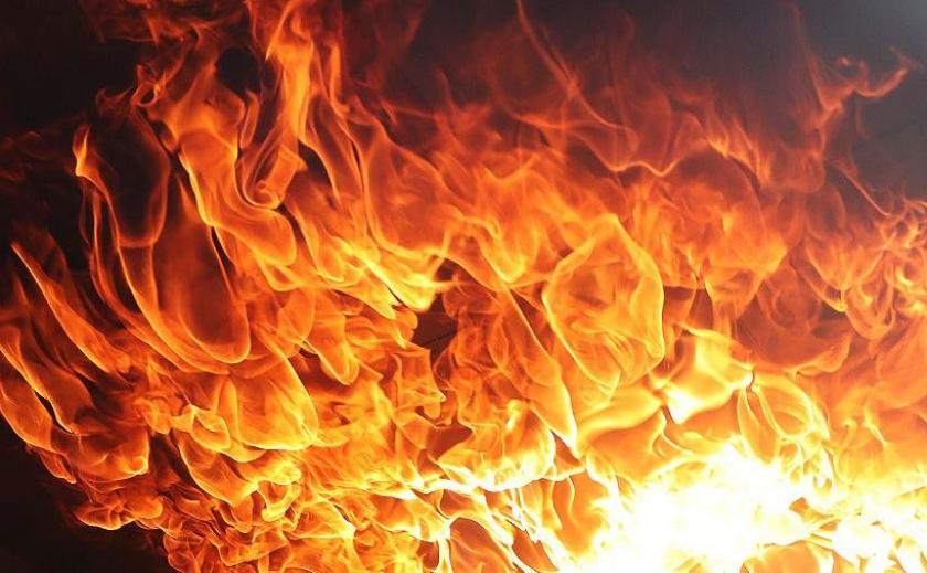 На Днепропетровщине сгорел мужчина и едва не погибли мама с ребенком ФОТО