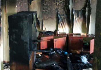 В Каменском полностью сгорела квартира в многоэтажке ФОТО