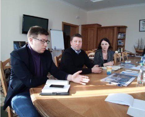 Антивирус. На Днепропетровщине депутаты будут голосовать на улице