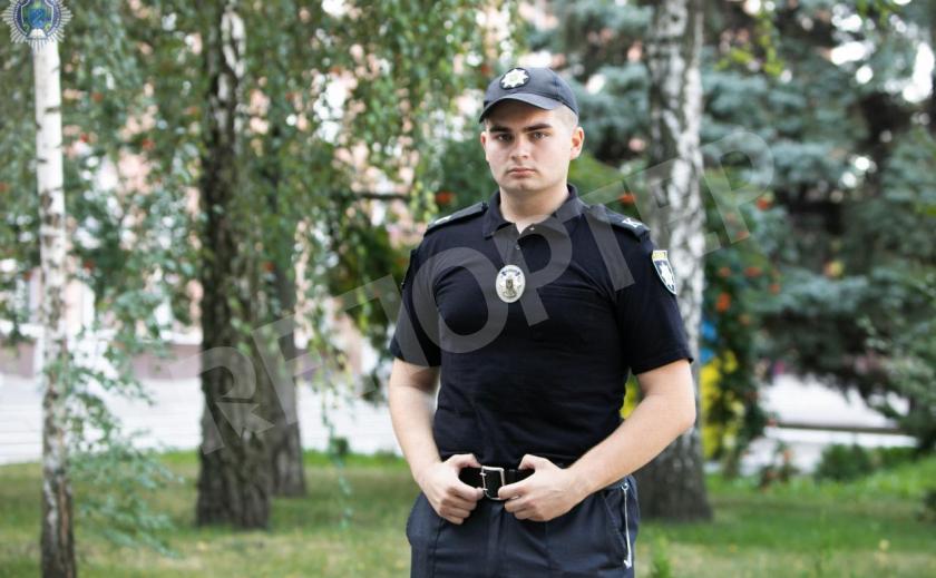Днепровский курсант, провожая мать, задержал преступника