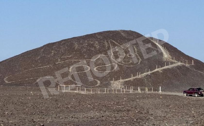 В пустыне Наска в Перу обнаружили древнее изображение кота
